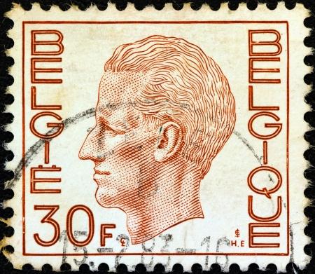 baudouin: BELGIUM - CIRCA 1971: A stamp printed in Belgium shows King Baudouin, circa 1971. Editorial