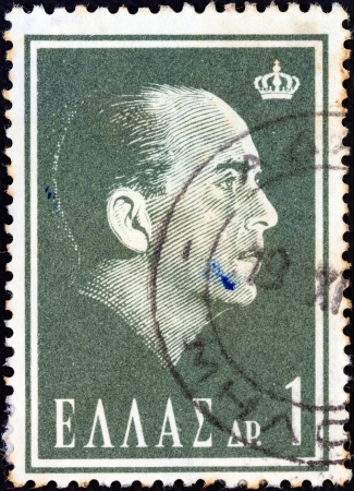 stempeln: GREECE - CIRCA 1964: A stamp printed in Greece from the Death of Paul I issue shows King Paul of Greece, circa 1964.