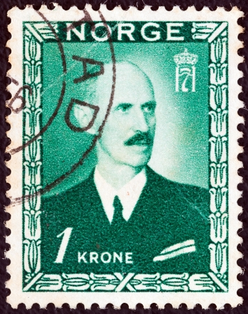 prince of denmark: NORWAY - CIRCA 1946: A stamp printed in Norway shows King Haakon VII, circa 1946.