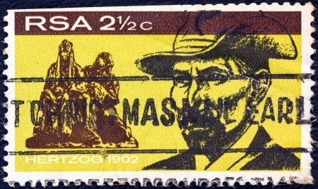 suid: SOUTH AFRICA - CIRCA 1968: A stamp printed in South Africa issued for the inauguration of General Hertzog monument, Bloemfontein shows Hertzog in 1902, circa 1968.