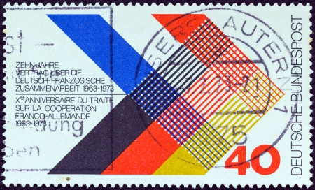 bundespost: GERMANY - CIRCA 1973: A stamp printed in Germany issued for the 10th anniversary of Franco-German Treaty shows National Colors of France and Germany, circa 1973.