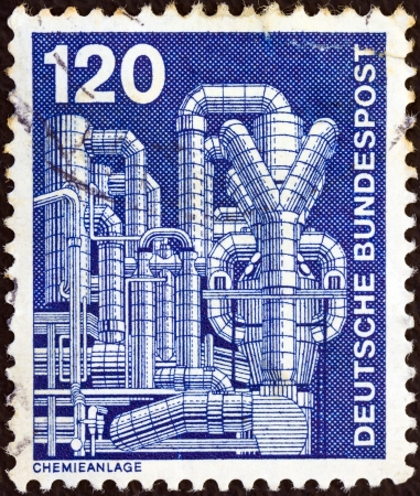 bundes: GERMANY - CIRCA 1975: A stamp printed in Germany from the Industry and Technology issue shows Chemical plant , circa 1975.