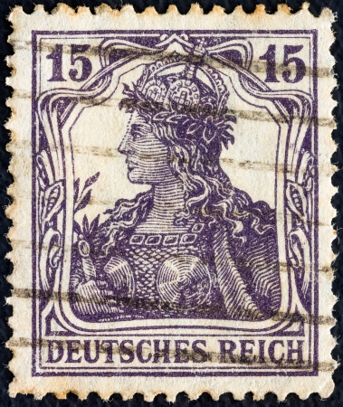 bundespost: GERMANY - CIRCA 1916: A stamp printed in Germany shows Germania, circa 1916.  Editorial