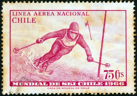 stempeln: CHILE - CIRCA 1966: A stamp printed in Chile from the World Skiing Championships - Chile 1966 issue shows Skier in slalom race, circa 1966.  Editorial
