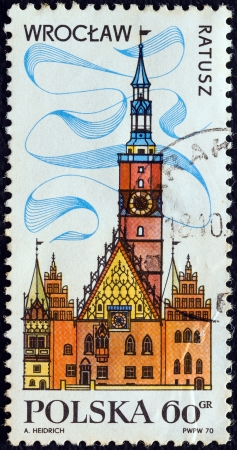 polska: POLAND - CIRCA 1970: A stamp printed in Poland from the Tourism (2nd series) issue shows Town Hall, Wroclaw, circa 1970.  Editorial