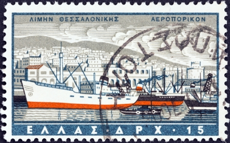 timbre: GREECE - CIRCA 1958: A stamp printed in Greece from the Greek Ports issue shows Thessaloniki, circa 1958.  Editorial