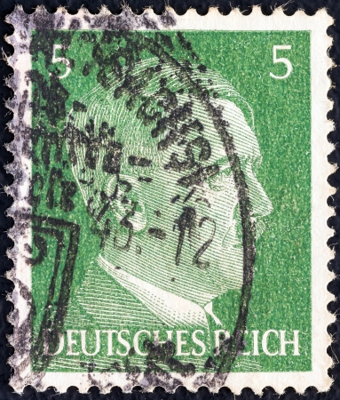 bundespost: GERMANY - CIRCA 1941  A stamp printed in Germany shows Adolph Hitler, circa 1941