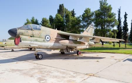 airpower: Aeromobili LTV A-7H Corsair II