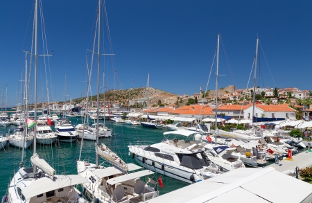 Cesme marina and castle view, Turkey  Редакционное