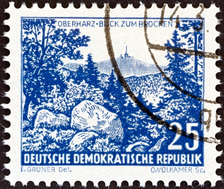 brocken: GERMAN DEMOCRATIC REPUBLIC - CIRCA 1961  A stamp printed in Germany from the  Landscapes and Historical Buildings   issue shows Brocken, Oberharz, circa 1961