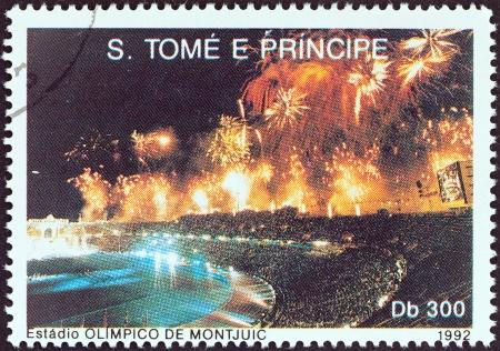 principe: SANTO TOM� Y PR�NCIPE - CIRCA 1992 Un sello impreso en Santo Tom� y Pr�ncipe muestra la ceremonia de apertura, los juegos ol�mpicos de verano, Barcelona, ??alrededor del a�o 1992