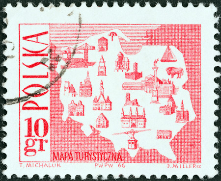 mapa: POLAND - CIRCA 1966  A stamp printed in Poland shows Tourist Map, circa 1966   Editorial