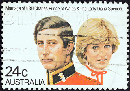 lady diana: AUSTRALIA - CIRCA 1981  A stamp printed in Australia from the  Royal Wedding  issue shows Prince Charles and Lady Diana Spencer, circa 1981   Editorial
