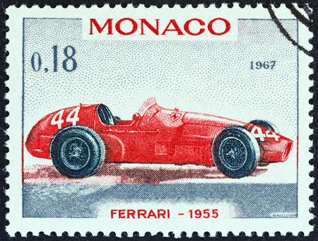 postes: MONACO - CIRCA 1967  A stamp printed in Monaco from the  25th Grand Prix, Monaco  issue shows Ferrari Grand Prix racing car of 1955, winner of Monaco Grand Prix, circa 1967