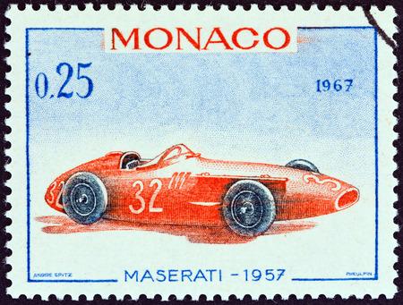 postes: MONACO - CIRCA 1967  A stamp printed in Monaco from the  25th Grand Prix, Monaco  issue shows Maserati Grand Prix racing car of 1957, winner of Monaco Grand Prix, circa 1967