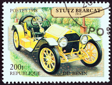 bearcat: BENIN - CIRCA 1998  A stamp printed in Benin from the  Motor Cars   issue shows Stutz Bearcat Speedster, 1914, circa 1998   Editorial