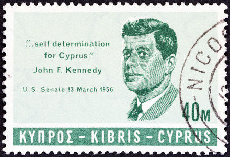 kypros: CYPRUS - CIRCA 1965: A stamp printed in Cyprus issued in Memorial of J.F.Kennedy shows J.F.Kennedy, circa 1965. Editorial