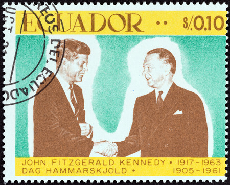 un used: ECUADOR - CIRCA 1967: A stamp printed in Ecuador from the John F. Kennedy, 50th birth anniversary issue shows John F. Kennedy and Dag Hammarskjold, circa 1967. Editorial