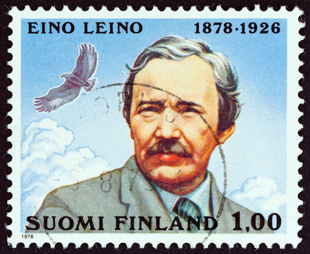sello: FINLAND  CIRCA 1978: A stamp printed in Finland issued for the 100th anniversary of the birth of Eino Leino shows poet Eino Leino circa 1978. Editorial