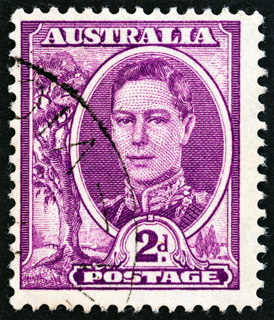 estampilla: AUSTRALIA  CIRCA 1942: A stamp printed in Australia shows King George VI circa 1942. Editorial