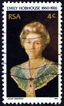 suid: SOUTH AFRICA - CIRCA 1976: A stamp printed in South Africa issued for the 50th death anniversary of Emily Hobhouse shows welfare worker Emily Hobhouse, circa 1976.