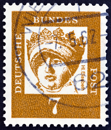 bundespost: GERMANY - CIRCA 1961: A stamp printed in Germany from the Famous Germans issue shows St. Elizabeth of Thuringia, circa 1961.
