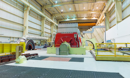 alternateur: Turbine and Generator in a Natural Gas power plant Banque d'images