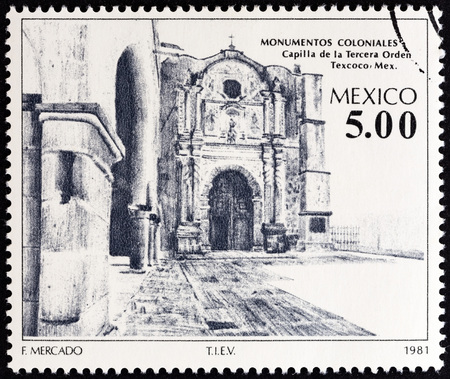 orden: MEXICO - CIRCA 1981: A stamp printed in Mexico from the Colonial Architecture  issue shows Chapel of the Third Order, Texcoco, circa 1981. Editorial