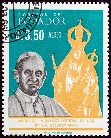 estampilla: ECUADOR - CIRCA 1966: A stamp printed in Ecuador shows Pope Paul VI and Virgin of Merced, circa 1966.