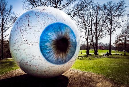 Eyeball  Laumeier Park  Saint Louis MO Редакционное