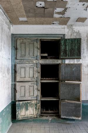 infirmary: New York City Ellis Island Infirmary Morgue