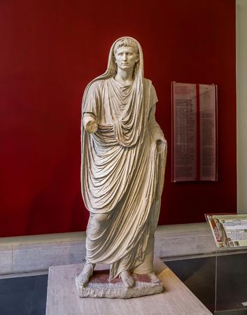 ローマ, イタリア - 国立博物館 - ローマ皇帝アウグストゥス古代像 報道画像