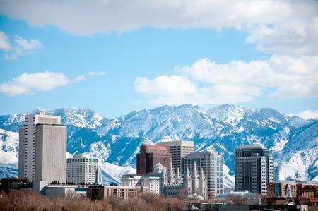Colpo di giorno invernale di Salt Lake City. In primo piano è il tempio della Chiesa di Gesù Cristo dei Santi degli Ultimi Giorni o dei Mormoni