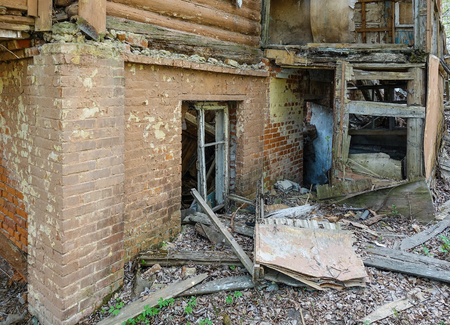 abandoned ruin house, wooden architecture, debris, housing wreck