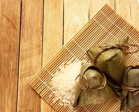 아시아 중국 쌀만 두 또는 zongzi 흰색 배경에 고립 스톡 콘텐츠