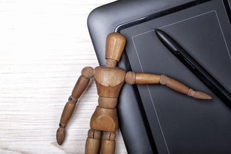 wooden mannequin: digitizer table and artist