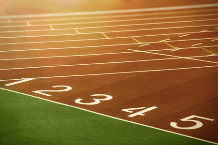 A partir de carril de pista de atletismo