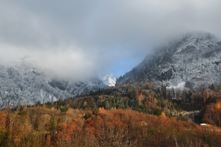Late fall of snow in the mountains