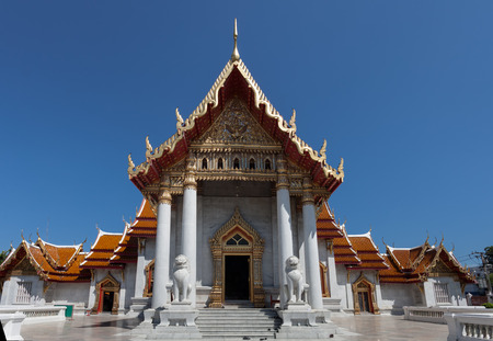 buddism: Wat Benchamabophit Dusitvanaram is a Buddhist temple in the Dusit district of Bangkok, Thailand. Also known as the marble temple Stock Photo