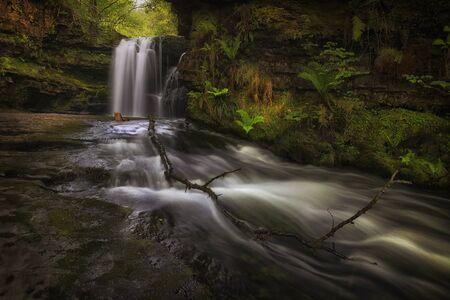 The waterfall at Sgwd Ddwli Isaf on the river Neath, near Pontneddfechan in South Wales, UK. Stock fotó