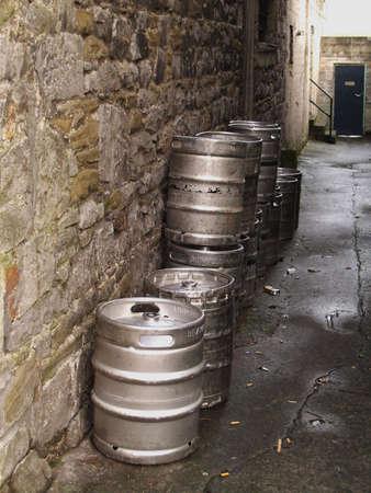 kegs: kegs of beer