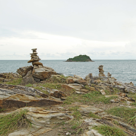 cairn: cairn, stack of stones on the sea coast Stock Photo