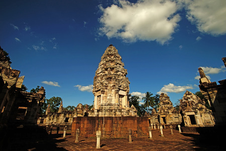 sdok kak thom is an khmer ancient temple