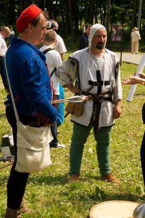 teutonic: cavalieri teutonici sulla celebrazione del 750 anniversario della Guryevsk (Neuhausen OP) il 30 giugno 2012 in Guryevsk, Kaliningradskaya oblast, Russia