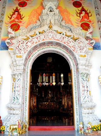 door of church in the Buddhist temple Stock Photo - 18214104