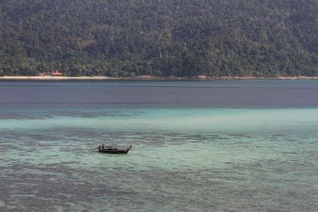 Lipe transfer boat service island