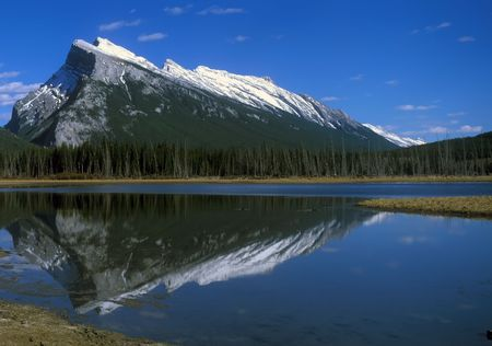 Rocky mountains in Bunff national park Canada 版權商用圖片