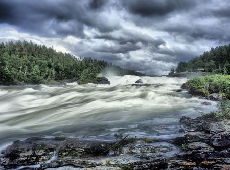Rriver whitewaters 滝 Storfosen スウェーデンのスカンジナビア ヨーロッパ