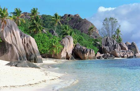 Famous rocks on La Dig island on Seychelles 版權商用圖片