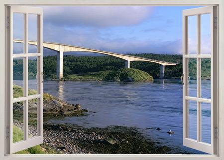 Open raam uitzicht op brug over de rivier